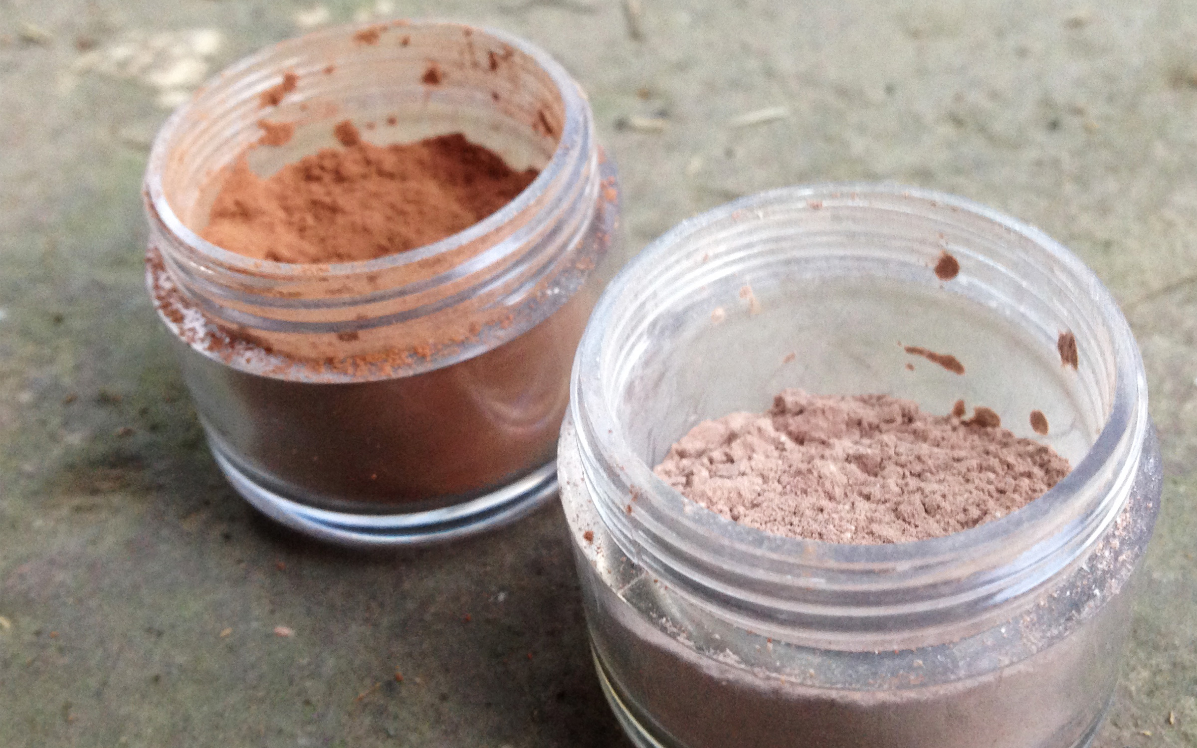 recipe image: natural eyeshadow recipe with brown iron oxide